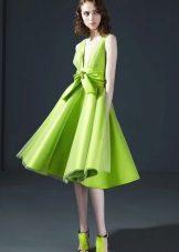 Salatneva klänning