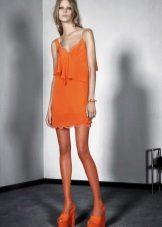 Laranja vestido de verão