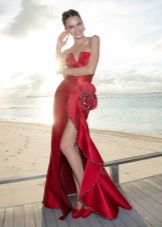 Вечерна червена рокля русалка