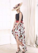 Vestido de verão de cor alta-baixa