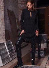 Есенна рокля черна плетена