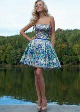 Aften stroppeløs kjole av O. Mucha