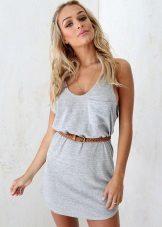 Kort kjoler med belte