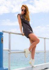 T-skjorte kjole sko