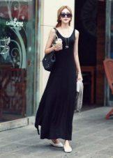 Lång svart tank top klänning