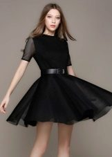 Black dress with a skirt the sun