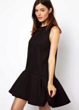 Zwarte korte jurk met lage taille
