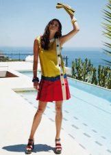 Rochie de culoare cu talie joasă