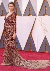 Chrissy Teigen az Oscars 2016-ban