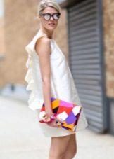 Valkoinen mekko dandies 60-luvun tyyliin