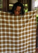 Sarong in Burma - a method of tying a stitched canvas