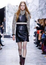 Camisola ao vestido de couro preto