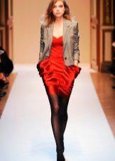 Black tights to scarlet dress