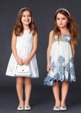 Vestidos de verão simples para uma menina de 4 anos