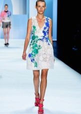 Fashionable midi dress of spring-summer 2016 with a branch print