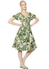 kesän poplin-mekko polvessa