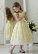 Vestido fofo dourado para formatura 4 aulas