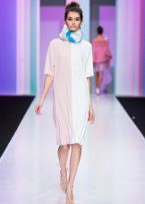 Beyaz elbise atkısı