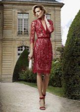 acessórios para o vestido vermelho da bainha