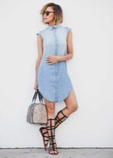 summer accessories for denim shirt dress