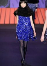 Black pantyhose in a blue dress