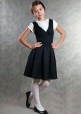 Vestido de escola para meninas com decote profundo