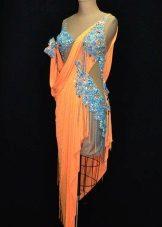 Suknelė šokiams latino stiliaus