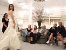 Az esküvői szalonban