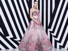 Rochie roz cu flori de liliac