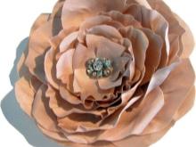 A virág közepének díszítése