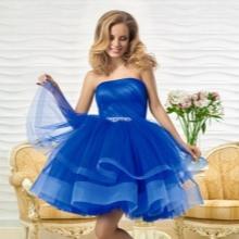 Oksanan ilta-lyhyt mekko lentää sinistä