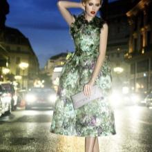 Vestido de noite verde midi