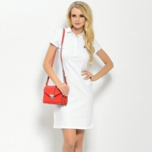 שמלה לבנה אורך בינוני