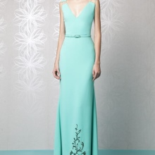 Turquoise prom dress na may tren