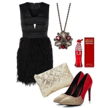 Dress with a fringed skirt and accessories for an inverted triangle type figure