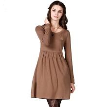 Strikket kjole med høy midje til vinter