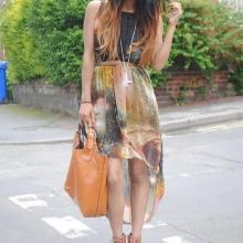 Smykker og tilbehør til kjolen med høy midje