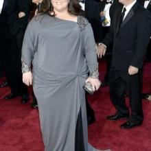 Vestit llarg gris amb draps al maluc i màniga llarga per complet