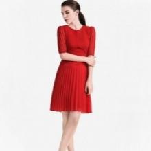 שמלה מקופלת אדומה