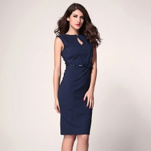 Katoenen blauwe jurk van gemiddelde lengte voor bedrijven