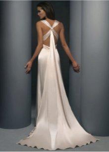 Esküvői ruha keresztezett pántokkal