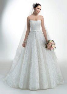 Teljesen csipke hosszú esküvői ruha