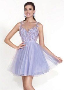 Vestido lilás curto fofo