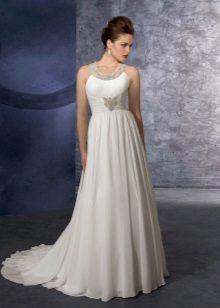 Сватбена рокля в гръцки стил с декора на елече