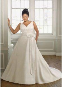 Vestit de núvia amb forma de A per a la núvia completa