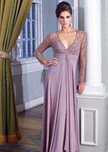 Pakaian malam lavender yang indah