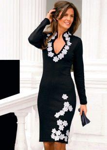 Vestido de noite com flores para as mulheres 50 anos