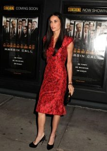 Vestido de noite vermelho para mulheres de 50 anos