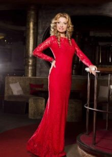 Vestido vermelho para a mãe da noiva