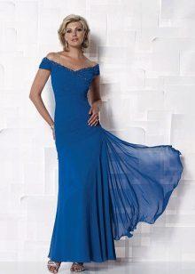 Vestido azul para a mãe da noiva